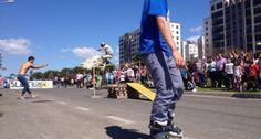 Un domingo con más de 1.000 patinadores solidarios