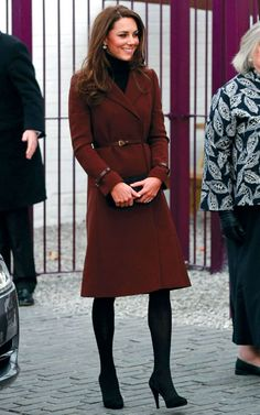 What aelegant and beautiful queen she will be. I want this Hobbs coat