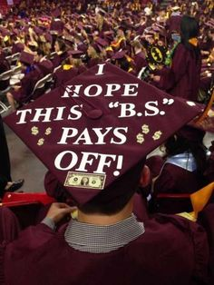30+Funniest+Graduation+Caps+That+Absolutely+Nailed+It+-14