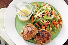 Lamb patties are a classic, budget-friendly family favourite. Serve them with a tasty chickpea salad for a complete mid-week meal. Lamb Recipes, Whole Food Recipes, Cooking Recipes, Healthy Recipes, Healthy Dinners, Drink Recipes, Lamb Patties, Clean Eating, Healthy Eating