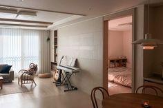 집꾸미기 Japanese Homes, Room Interior, Divider, Furniture, Home Decor, Decoration Home, Room Decor, Home Furnishings, Home Interior Design