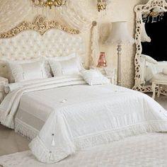 Bakkaloğlu Tekstil Sakarya Adapazarı Ev Tekstili Ürünleri Dekorasyon Aksesuar Masa Örtüsü Yastık Kılıfı Nevresim Kılıfı Yatak Örtüsü Uyku SetiYatak Örtüleri Vinaldi Veronica Yatak Örtüsü