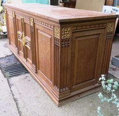 Llanelli Grand Oak Centrepiece Altar - Top trade supplier of Antique Ecclesiastical Furnishings, furniture, fixtures and fittings in Great Britain. Great Britain, Altar, Centerpieces, Antiques, Storage, Top, Furniture, Home Decor, Antiquities