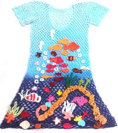 Lindo vestido / Saída de praia em crochê degrade azul feito todinho a mão Feita sob medida Todas as cores tamanhos P M G tamanho GG com 15% de acréscimo R$ 249,90