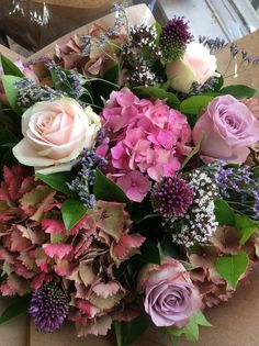English Hydrangea with roses, marjoram and mini alliums
