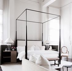 Hotel bedroom // 5 COISAS