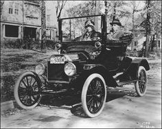 a 1915 Ford T Couplet