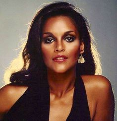 .The luscious Miss Jayne Kennedy (back-in-the-day) lmr