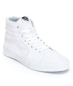 Hit the streets or the parks in the old school look of the Vans Sk8 Hi true white canvas skate shoes. Keep it classic in a true white canvas colorway with a padded high top collar on Vans waffle tread for grip and a Vans leather stripe logo at the sides t