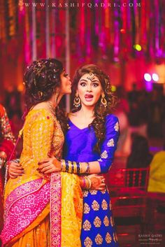 15 Stunning Bride-Sister Portraits- Part Indian Wedding Photography Poses, Sister Photography, Bride Photography, Mehendi Photography, Photography Ideas, Muslim Couple Photography, Wedding Photography Checklist, Fashion Photography, Ideas Para Photoshoot