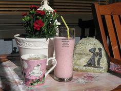 Kesän ensimmäinen kahvi- ja pirtelöhetki parvekkeella :) | Kahvipannun taikaa -kuvakisa