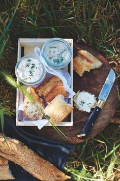 A CUP OF JO: The Best (French) Picnic Dish, fresh bread and a cheese recipe.