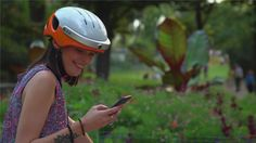 It is the thoughtful designs like camera, Bluetooth and App that make Airwheel C5 smart helmet stand out.