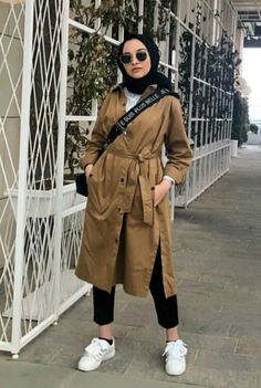 Hijab styles 590886413587035364 - How to boost your style with hijab outfits . - Hijab styles 590886413587035364 – How to boost your style with hijab outfits – Just Trendy Girls Source by - Modern Hijab Fashion, Street Hijab Fashion, Hijab Fashion Inspiration, Trend Fashion, Muslim Fashion, Modest Fashion, Fashion Outfits, Fashion Muslimah, Abaya Fashion