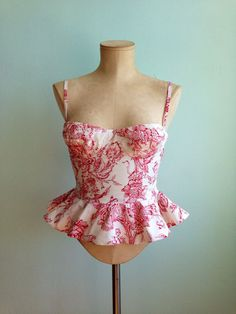 Bustier peplum top Red toile print von mclaineo auf Etsy, $125.00 just beautiful!