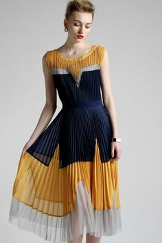 Asap - Bohemia pleated calf length dress Interesting and different Dress Outfits, Casual Dresses, Fashion Dresses, Hijab Fashion, Look Fashion, Womens Fashion, Fashion Design, 70s Fashion, Fashion Tips