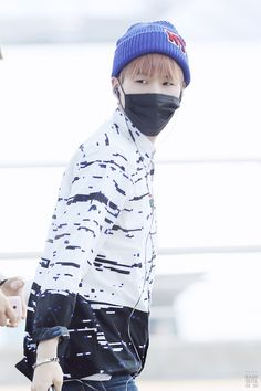 [Picture/Fansitesnap] BTS at Incheon Airport Depart To KL-Malaysia [150604] | btsdiary