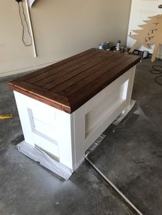 Homemade Wood toy Box - Homemade Wood toy Box , Diy toy Box Made From Old Pallets Blow torched and Glazed Rustic Toy Boxes, Farmhouse Toy Boxes, Rustic Toys, Wooden Toy Boxes, Making Wooden Toys, Wooden Storage Boxes, Wood Toy Chest, Wooden Chest, Kids Toy Chest