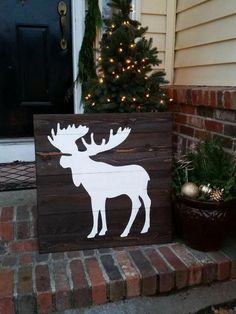 Wood Wall Art - Moose Silhouette - Crafts Diy Home Rustic Signs, Wooden Signs, Rustic Decor, Wood Crafts, Diy And Crafts, Moose Silhouette, Moose Decor, Christmas Crafts, Christmas Decorations