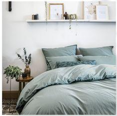 Apartment Bedroom Decor, Room Decor Bedroom, Home Bedroom, Bedroom Linens, Bedroom Rustic, Master Bedrooms, Bed Room, Pastel Decor, Bedroom Organization Diy