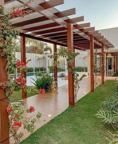 Outdoor Pergola, Backyard Pergola, Backyard Landscaping, Pergola Plans, Pergola Designs, Patio Design, House Design, Outdoor Living Rooms, Modern Farmhouse Exterior