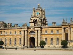 Everything you should see and do in Oxfordshire beyond Oxford in this quick Guide to what to see in Oxfordshire!