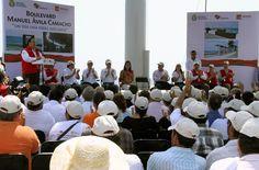 Duarte de Ochoa, destacó que el programa ha sido inédito, rebasando todas las expectativas y dando extraordinarios resultados, pues se han entregado aproximadamente tres obras diarias en los diferentes puntos de la geografía del estado.