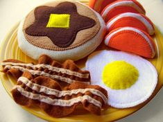 felt food!  - if only I could sew.....