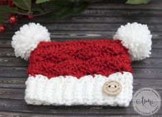 Little Santa Sack Hat - Free Crochet Pattern in 8 Sizes at The Stitchin' Mommy.