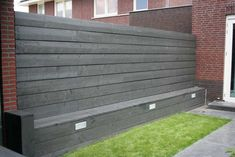 If I could add this wall with seating, that would be AWESOME! Back Gardens, Small Gardens, Outdoor Gardens, Garden Fencing, Garden Landscaping, Dream Garden, Home And Garden, Garden Projects, Garden Furniture