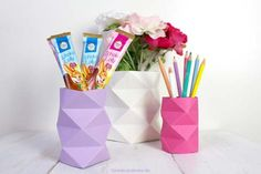 Best Origami Tutorials - Origami Vase- Easy DIY Origami Tutorial Projects for With Instructions for Flowers, Dog, Gift Box, Star, Owl, Buttlerfly, Heart and Bookmark, Animals - Fun Paper Crafts for Teens, Kids and Adults http://diyprojectsforteens.com/best-origami-tutorials