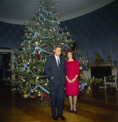 A White House Christmas is always an elegant occasion. We adore this photo of President Kennedy and the first lady by their tree in 1961.   Too Bad It isn't like this anymore.