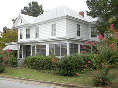 Historic Queen Anne Home - Williamston North Carolina
