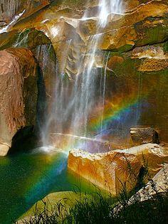 ✯ Afternoon Rainbow At Vernal Falls In Yosemite National Park - CA