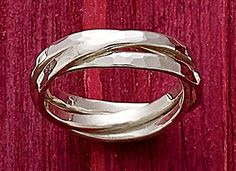 Christmas Collection: Entwined Trio Sterling Ring #JamesAvery