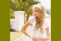 19 Simple Yet Beautiful Wedding HairstylesWedding is anunforgettableoccasion in any woman's life. It is special day and it comes only once in life. S0 get ready and find a great wedding hairstyles for your taste and appearance. Make sure you are lookinggorgeous and resplendent on…