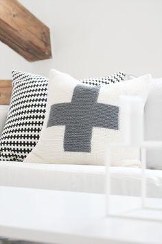 modern scandinavian minimalism soft furnishings for decor cushion designs Home Interior, Interior Decorating, Decorating Ideas, Interior Inspiration, Design Inspiration, Design Rustique, Soft Furnishings, Home Textile, Scandinavian Design