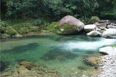 Trilha do Rio Branquinho - Travessia Parelheiros / Itanhaém  http://pt.wikiloc.com/wikiloc/view.do?id=6566345  http://www.mochileiros.com/travessia-paralheiros-itanhaem-pela-serra-do-mar-trilha-do-rio-branquinho-t95058.html  http://www.panoramio.com/user/6483509/tags/Travessia%20Parelheiros-Itanha%C3%A9m%20Via%20Vale%20do%20Rio%20Branco