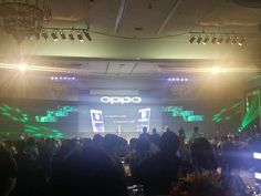 Armed with high-quality Full HD AMOLED display and a mammoth 4,100mAh battery plus Flash Charging, expect the Oppo R7 Lite and R7 Plus to be an exciting addition to your Smartphone choices this September! More on this and the Oppo Launch R7 (feat. Sarah G) on savenearn.com.ph soon #OppoR7Launch #SarahGforOppo — at EDSA Shangri-La Hotel.