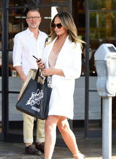 Chrissy Teigen -Leaving Meche Salon in Beverly Hills August 2016 Celebstills C Chrissy Teigen