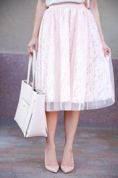 Cassandra Lace Rose Tulle Skirt // http://www.stylishpetite.com/2014/07/morning-lavender.html