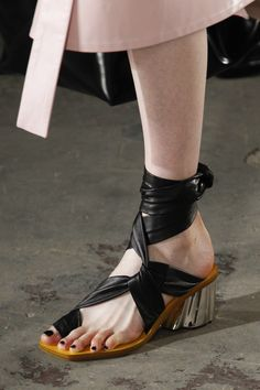 6050f957de3b0 267 best Shoe Style images on Pinterest