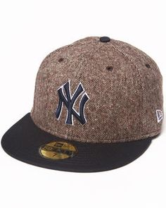d99ddb7231f Buy New York Yankees Tweed Crest 5950 fitted hat Men s Accessories from New  Era. Find