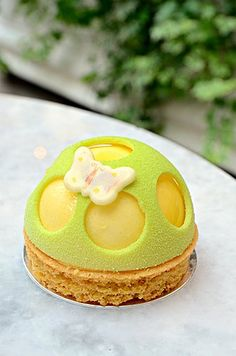 MGM Buttergly Pavillon-White Chocolate & Mandarin Orange Dome with Saffron Mandarin Confit @ MGM Patisserie (Macau) ♥