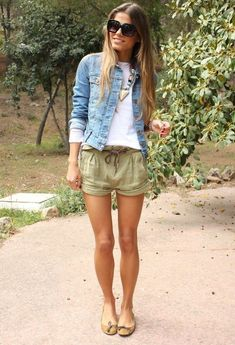 I love the length of the shorts, the jean jacket and the statement necklace.