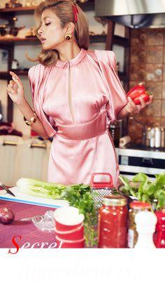 食材の組み合わせに、バランスがとれた美しい盛り付けなど…おしゃれと同じ感覚で楽しめるのが料理をする時間。料理愛好家としても人気のローラが、イタリアングラマーが香るクッキングスストーリーに登場。