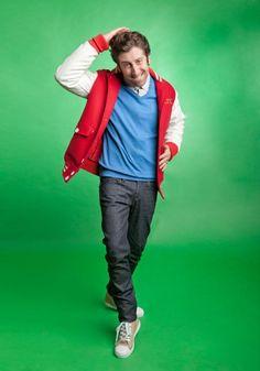"""The Big Bang Theory's Simon Helberg ( wearing Civic Duty's Illumination in PaperBag! George Clooney, Big Bang Theory, Simon Helberg, Howard Wolowitz, Barenaked Ladies, Soft Kitty Warm Kitty, Johnny Galecki, Mayim Bialik, Jim Parsons"