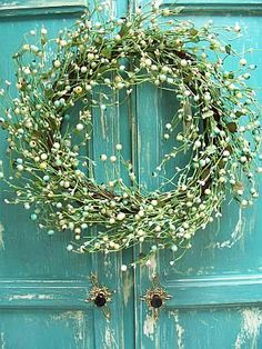 Whimsical wreath!! :) baby's breath