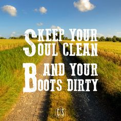 Confess your sins before God and ware your boots a lot! Confess your sins before God and ware your boots a lot! Country Girl Life, Country Girl Quotes, Cute N Country, Country Farm, Country Boys, Country Music, Country Living, Western Quotes, Girl Sayings