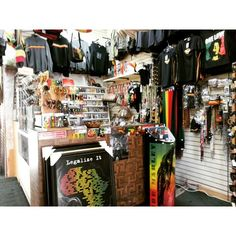 I love culture I love music. I enjoy it I luv it. Jamaican Culture. Was great to check out this store at San Pedro Beach @culture @California